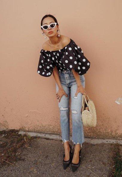 jeans de blusa pequeña con finas puntas estilísticas