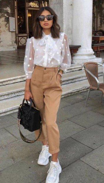 pantalones de camisa beige con cintura alta