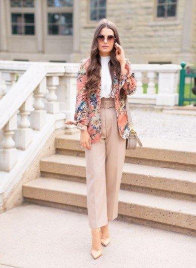 chaqueta de flores pantalones de cintura alta