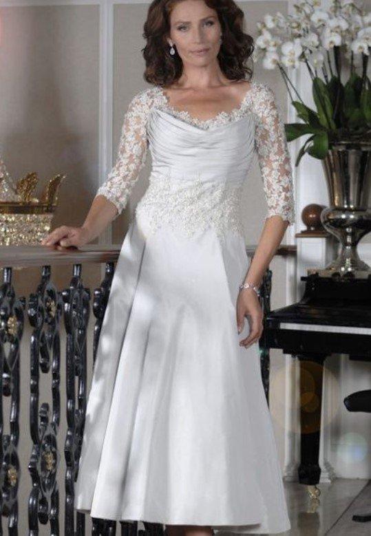 línea de vestido blanco A