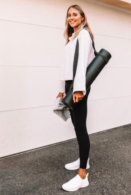 ropa deportiva blanca para ropa deportiva
