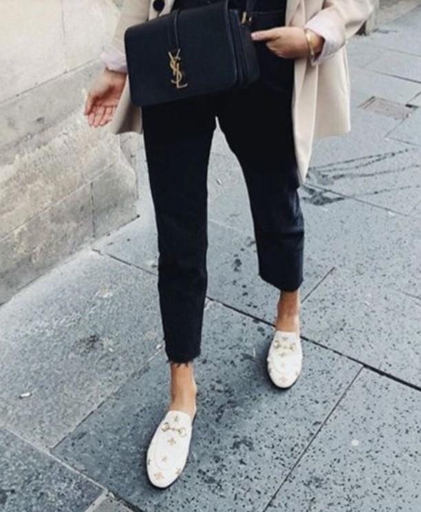 zapatos planos descalzos para la primavera