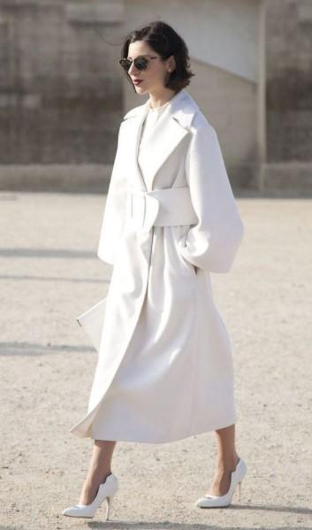 abrigo largo blanco vestido blanco