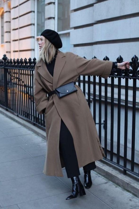 abrigo largo marrón