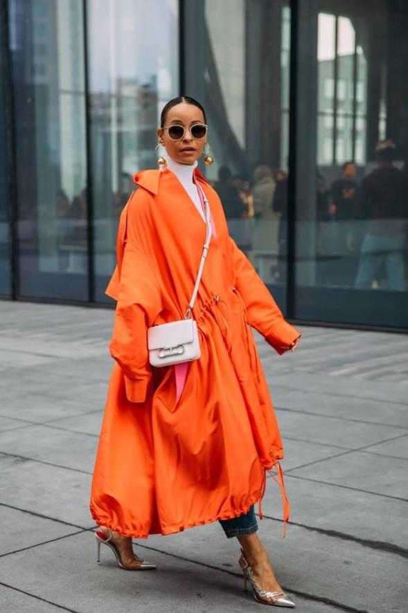 abrigo naranja