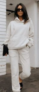 traje blanco