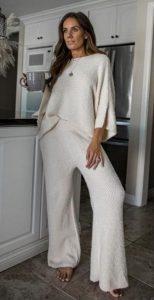 conjunto de blusa de pantalón blanco