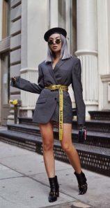 traje moderno con chaqueta