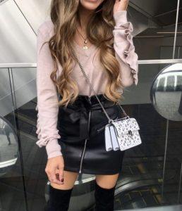 combinación de vestido negro rosa