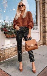 traje de invierno con pantalones de cuero