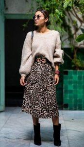 conjunto con falda de leopardo