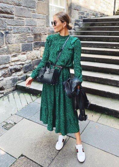 vestido midi con estampado animal verde