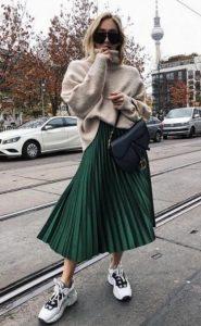 conjunto con falda plisada