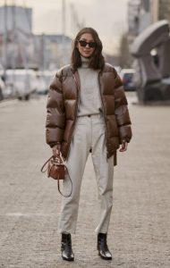 chaqueta de mujer marrón