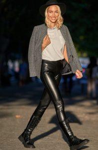 Leggings piel gris chaqueta zini invierno 2021