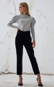 pantalones negros de cintura alta zini invierno 2021