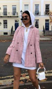 chaqueta con traje de sudadera