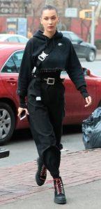 traje negro total