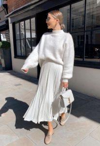 Falda plisada blanca suéter blanco