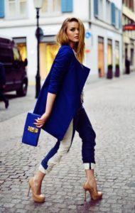 Abrigo rubio ropa azul colores