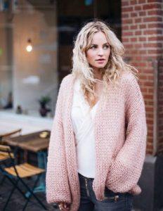 cárdigan ancho rosa de lana