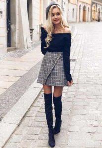falda a cuadros blusa negra