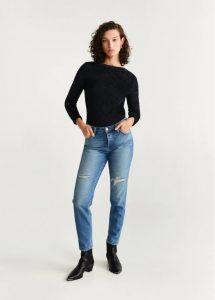 blusa negra de manga larga