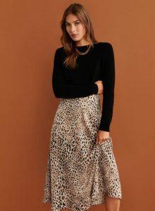 falda con estampado animal