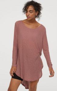 blusa larga rosa de invierno