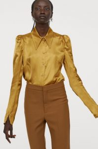 camisa de mujer de satén mostaza