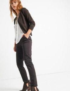 pantalón chino de mujer atrayente