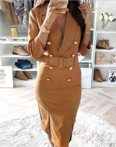 vestido beige botones cinturón midi dorado