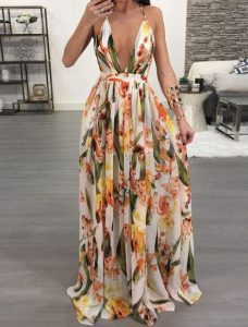 vestido largo con escote floral