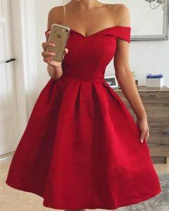 vestido rojo en línea alfa hombros caídos