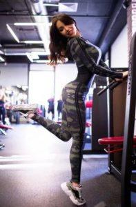 uniforme de las mujeres militares