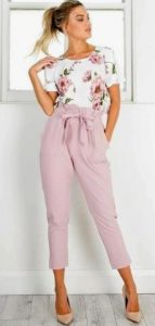 look femenino para juramento con top floral