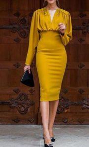 vestido llamativo mostaza