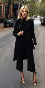 mirada femenina de moda